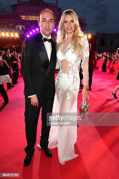 Fashion designer Francesco Scognamiglio and Susan Holmes McKagan wife of Duff McKaga member of the band Guns'N'Roses during the Life Ball 2017 at...