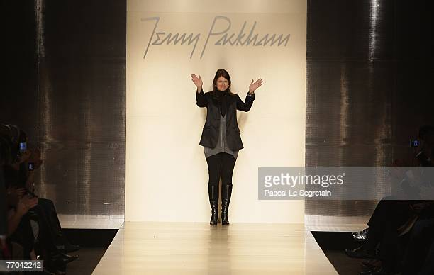 Fashion Designer Jenny Packham waves after the Spring/ Summer 2008 collection show on September 26 2007 in Milan Italy