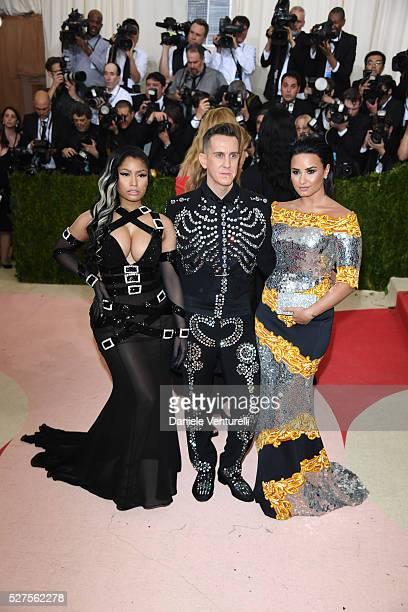 Fashion designer Jeremy Scott rapper Nicki Minaj and Demi Lovato attend the 'Manus x Machina Fashion In An Age Of Technology' Costume Institute Gala...
