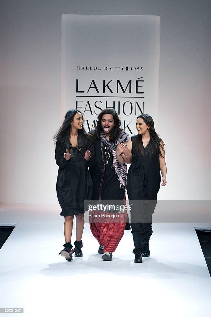 Fashion designer Kallol Dutta walks the runway with model and actress Sonakshi Sinha at Kallol Dutta1955 show during the Lakme India Fashion Week...