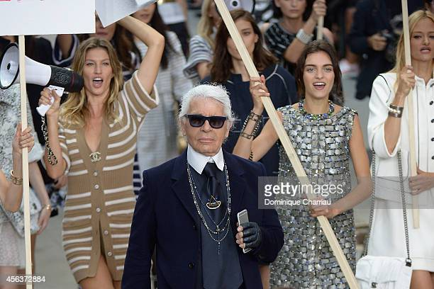 Fashion designer Karl Lagerfeld aknowledges the applause of the audience after the Chanel show as part of the Paris Fashion Week Womenswear...