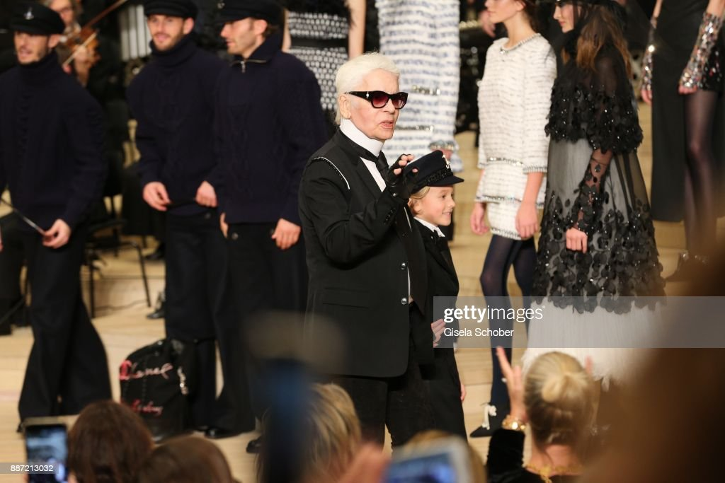 Chanel - Collection Metiers d'Art Paris Hamburg 2017/18 At The Elbphilharmonie - Show : News Photo