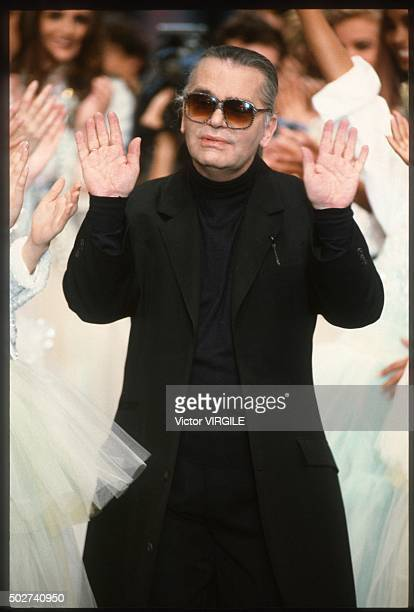 Fashion designer Karl Lagerfeld walks the runway during the Chanel Ready to Wear show as part of Paris Fashion Week Spring/Summer 1992-1993 in...