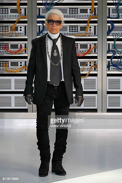 Fashion designer Karl Lagerfeld walks the runway during the Chanel Ready to Wear fashion show as part of the Paris Fashion Week Womenswear...