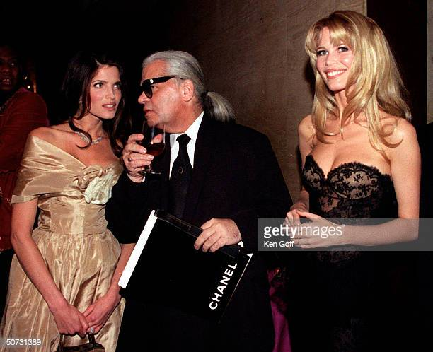 Fashion designer Karl Lagerfield w models Claudia Schiffer Stephanie Seymour at the gala charity dinner held at the Lincoln Center for the Performing...