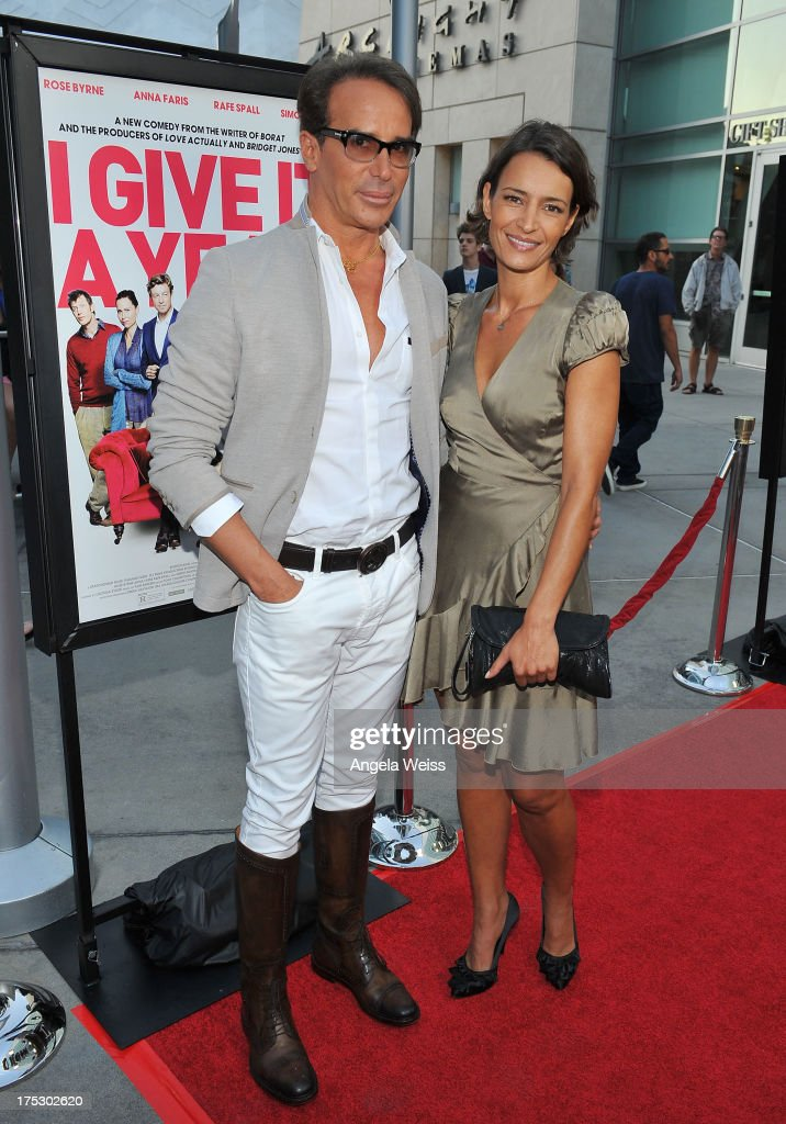 """Screening Of Magnolia Pictures' """"I Give It A Year"""" - Red Carpet : ニュース写真"""