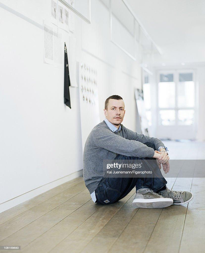 Lucas Ossendrijver, Madame Figaro, December 7, 2007