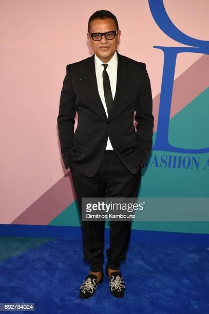 Fashion designer Naeem Khan attends the 2017 CFDA Fashion Awards at Hammerstein Ballroom on June 5 2017 in New York City