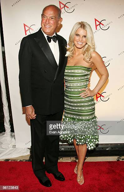 Fashion designer Oscar de la Renta and singer Jessica Simpson arrive at the 9th Annual Ace Awards Gala at Cipriani's November 8 2005 in New York City