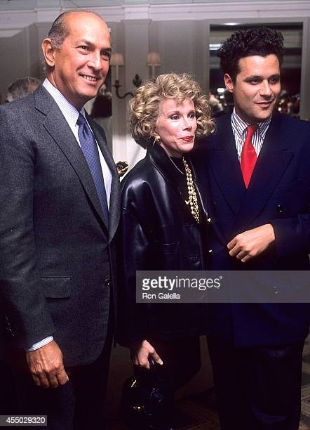 Fashion designer Oscar de la Renta comedienne Joan Rivers and fashion designer Isaac Mizrahi attend the Dallas Market Center's 15th Annual Dallas...