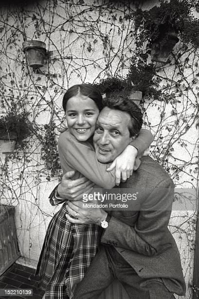 Fashion designer Ottavio Missoni embraces his daughter Angela Italy 1968