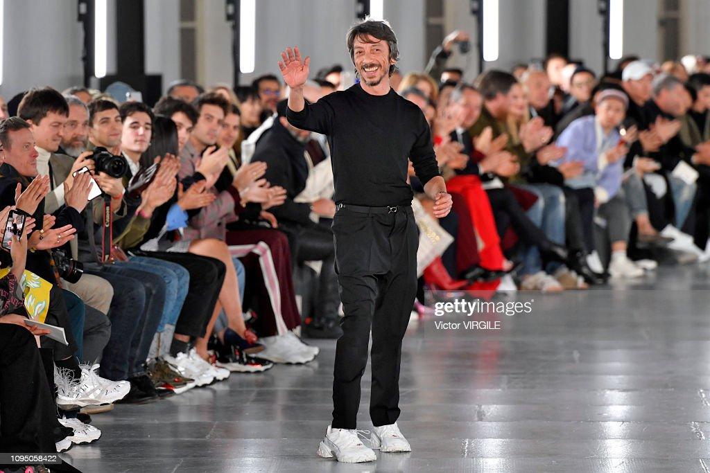 Valentino : Runway - Paris Fashion Week - Menswear Fall Winter 2019/2020 : ニュース写真