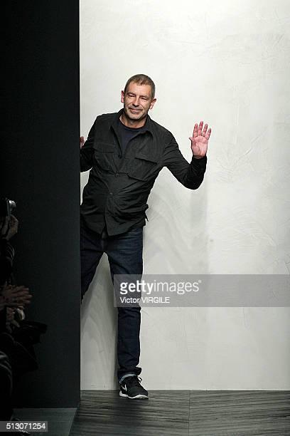 Fashion designer Tomas Maier walks the runway at the Bottega Veneta fashion show during Milan Fashion Week Fall/Winter 2016/2017 on February 27 2016...