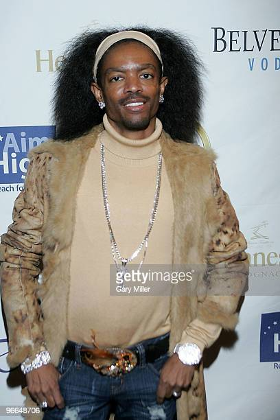Fashion designer Wendell James on the red carpet for the Kenny Smith AllStar Bash at Deux Lounge on February 12 2010 in Dallas Texas