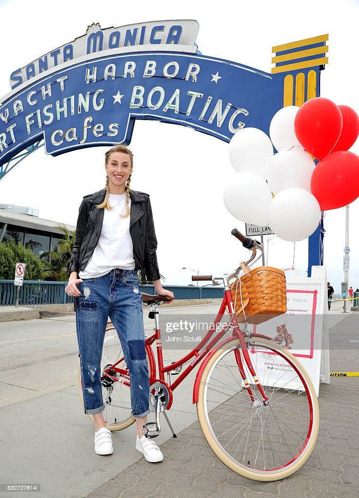 Gear Up and Go for Bike to Work Day with goodnessknows snacks squares and Whitney Port