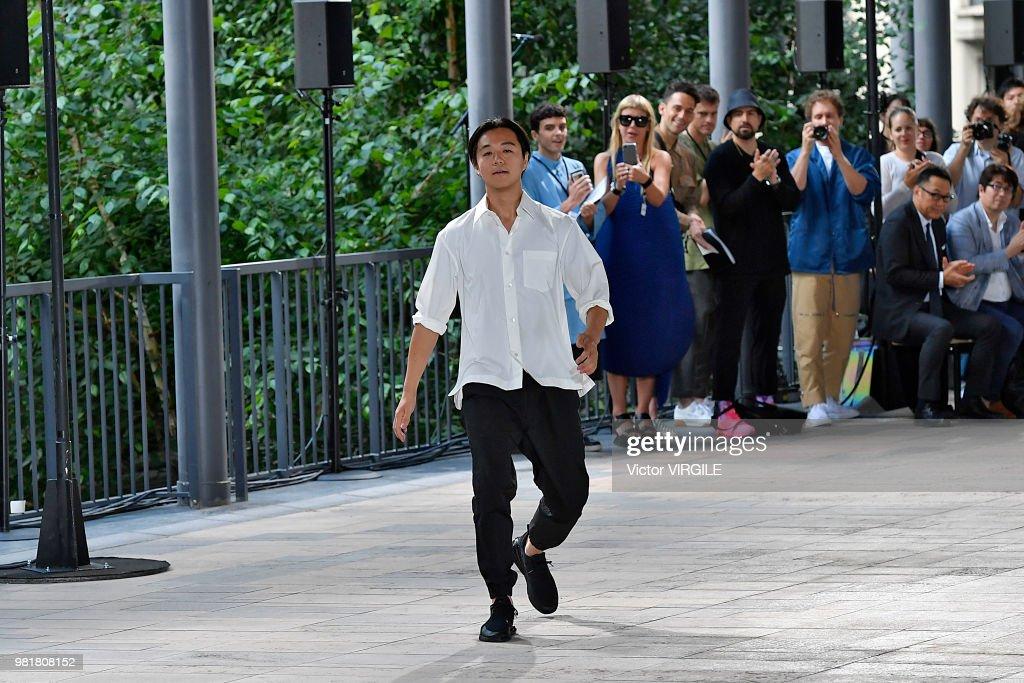 Issey Miyake : Runway - Paris Fashion Week - Menswear Spring/Summer 2019 : ニュース写真