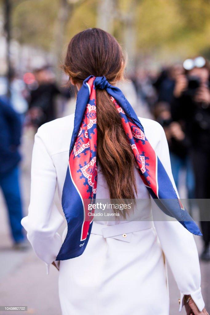 Street Style : Paris Fashion Week Womenswear Spring/Summer 2019 : Day Seven : News Photo
