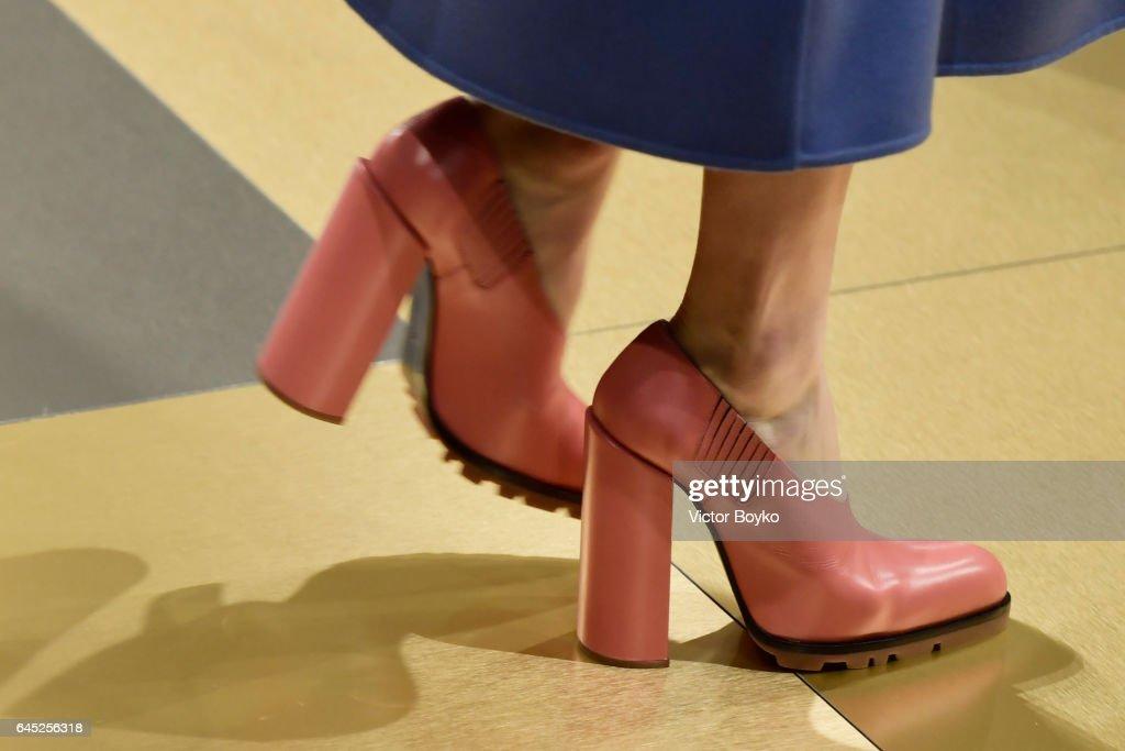 Jil Sander - Runway - Milan Fashion Week Fall/Winter 2017/18 : News Photo
