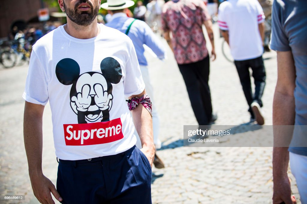 best authentic f9d49 82a69 Fashion details of Supreme t-shirt is seen during Pitti ...