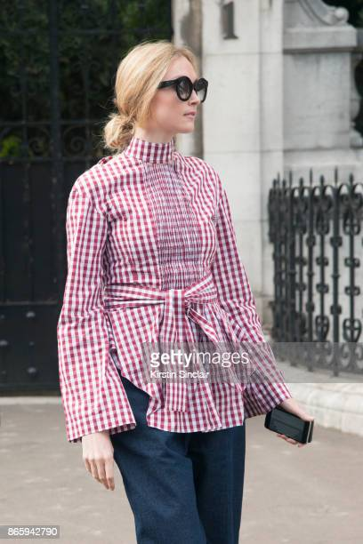 Fashion Director at The Sunday Times Jane McFarland wears a Teija shirt day 2 of Paris Womens Fashion Week Spring/Summer 2018 on September 27 2017 in...