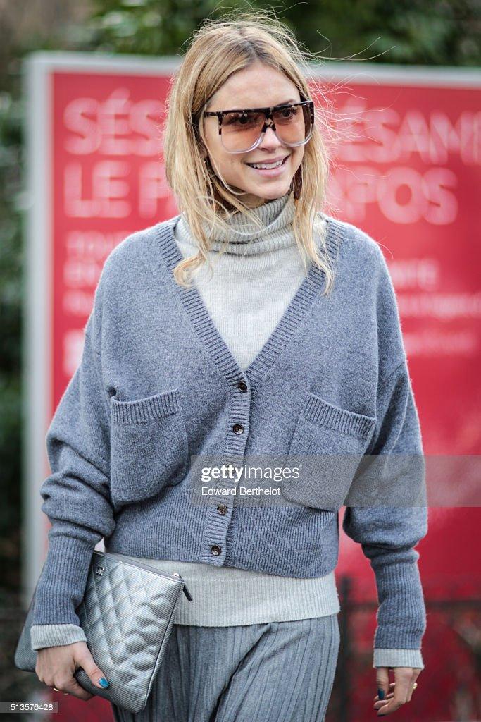 Street Style -Paris Fashion Week : Day Three - Womenswear Fall Winter 2016/2017