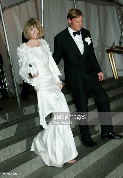 Fashion editor Anna Wintour and J Shelby Bryan attend the MET Costume Institute Gala Celebrating Chanel at the Metropolitan Museum of Art May 2 2005...