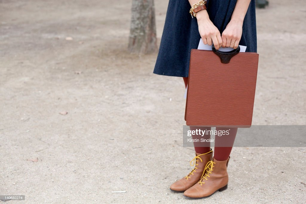 Street Style At Paris Fashion Week 2012 - March 3, 2012 : News Photo