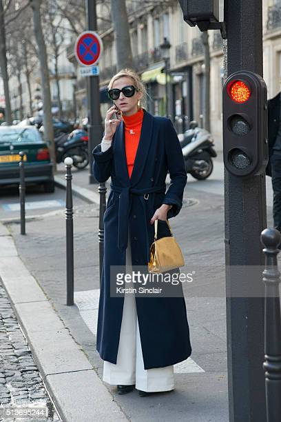 Fashion Editor for Refinery Annie Georgia Greenberg on day 3 during Paris Fashion Week Autumn/Winter 2016/17 on March 3 2016 in Paris France