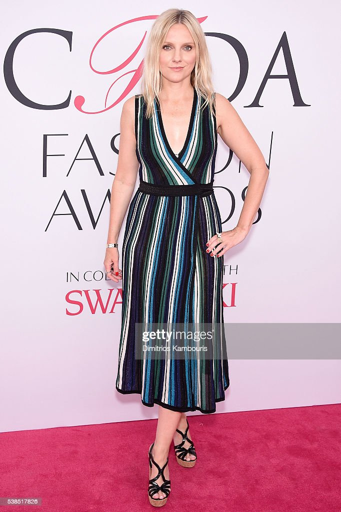 Fashion Editor Laura Brown attends the 2016 CFDA Fashion Awards at the Hammerstein Ballroom on June 6, 2016 in New York City.