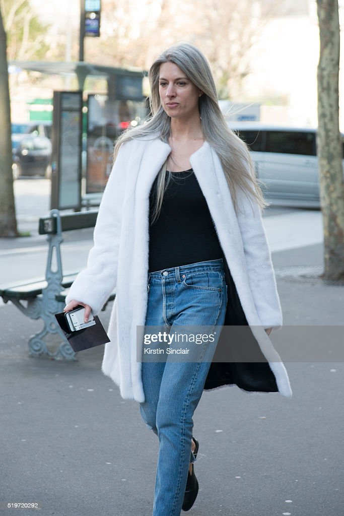 8becacde2a6 Street Style -Paris Fashion Week : Day Six Womenswear Fall Winter 2016/2017  :