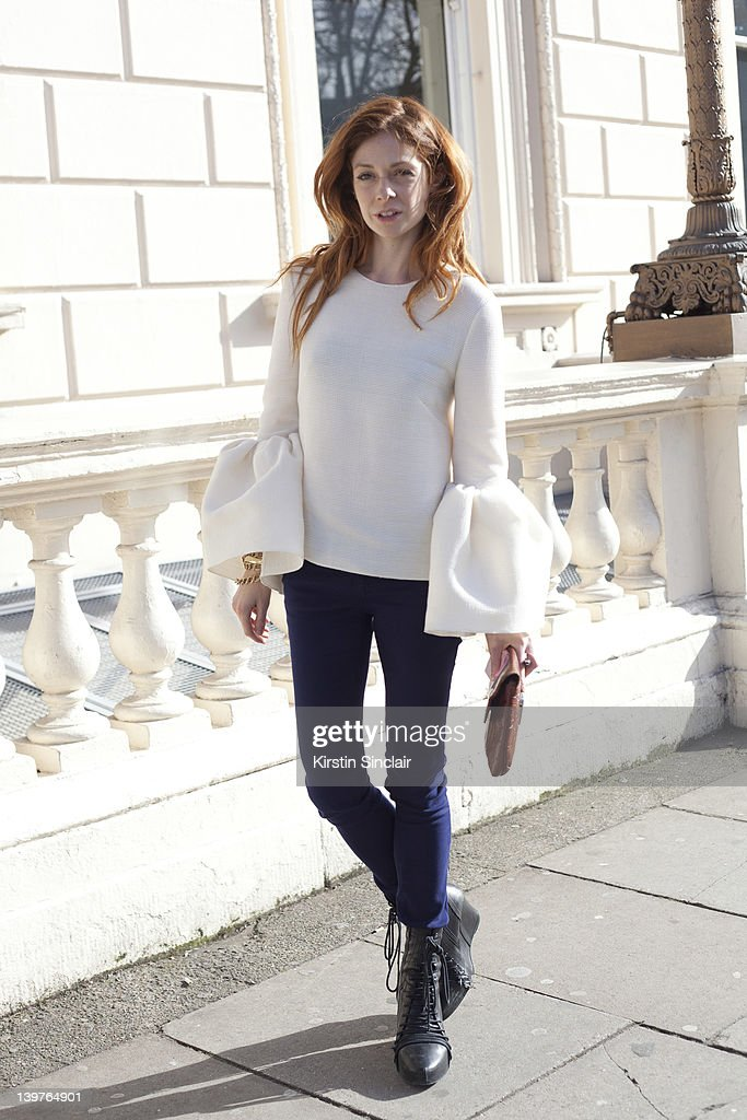 Street Style At LFW 2012 : News Photo