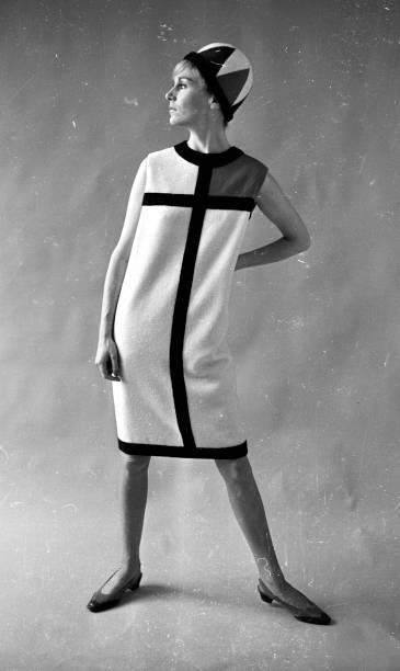 Mode A La Mondrian