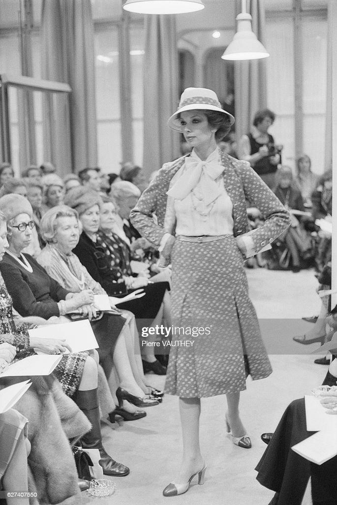 Chanel Spring-Summer 1977 Fashion Show : Nachrichtenfoto