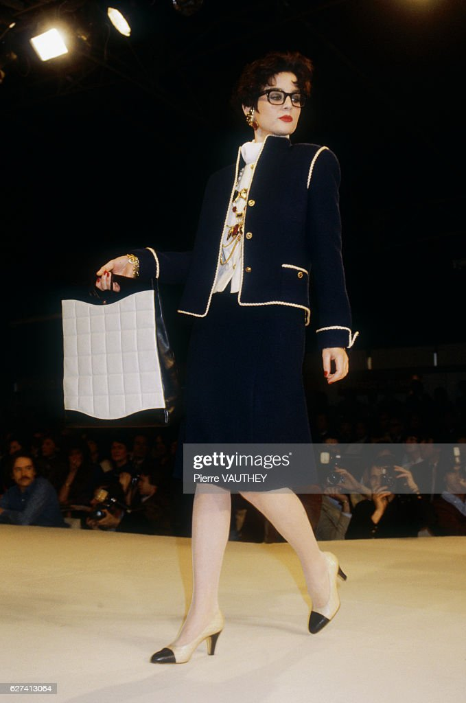 Chanel Autumn-Winter 1983-1984 Fashion Show : Nachrichtenfoto