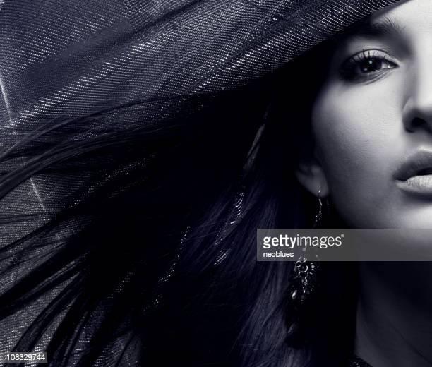 foto de moda de mulher bonita com cabelo magnífico - cabelo liso imagens e fotografias de stock