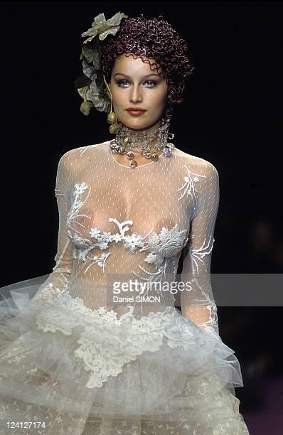 Fashion Ready to wear Fall Winter 97 98 In Paris France On March 11 1997 Lolita Lempicka Laeticia Casta