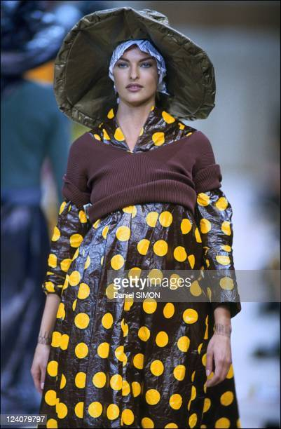 Fashion: ready to wear spring -summer 1992 in Paris, France in October, 1991 - Comme des Garcons.