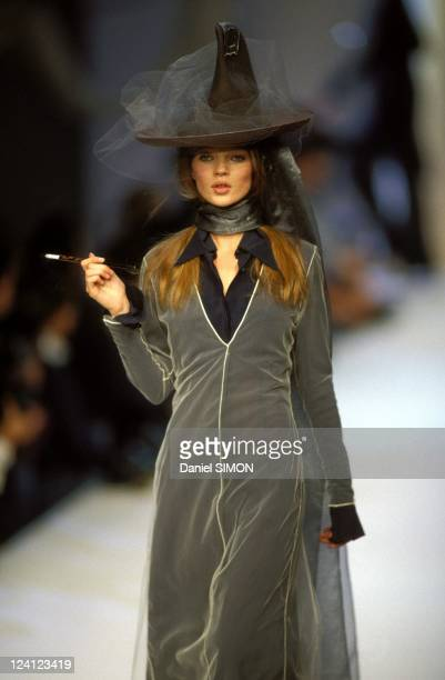 Fashion: Ready to wear spring -summer 1993 in Paris, France in October, 1992 - Kate Moss; Martine Sitbon.