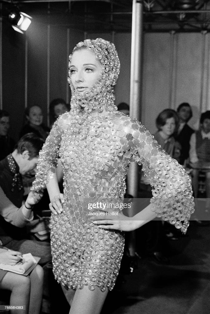 1968 Paco Rabanne Fashion Show : News Photo