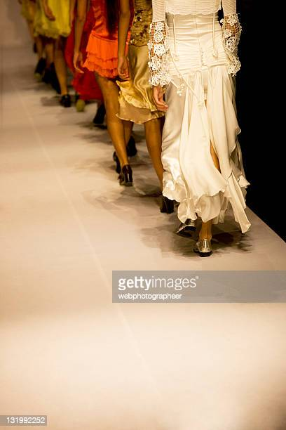 fashion show - catwalk stock pictures, royalty-free photos & images