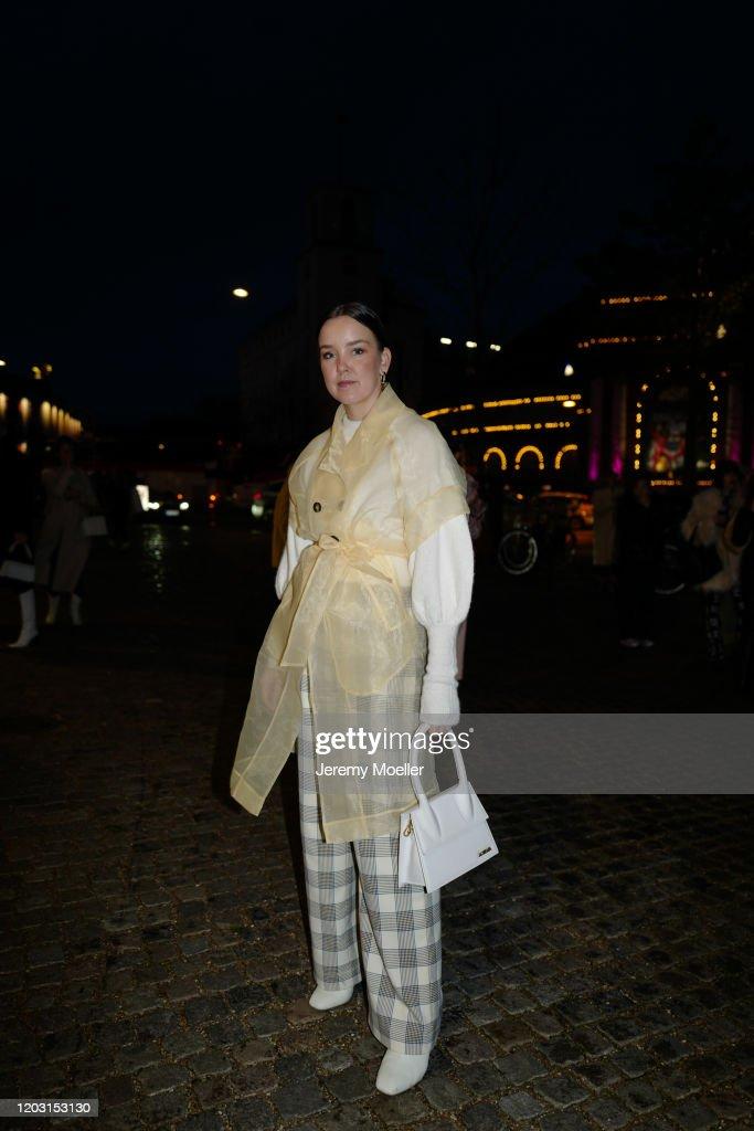 Street Style - Day 4 - Copenhagen Fashion Week Autumn/Winter 2020 : Nachrichtenfoto