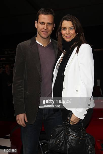 Oliver Bierhoff Und Ehefrau Klara Bei Der Strenesse Blue Fashion Show Am Bebelplatz In Berlin