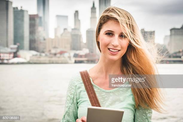 Mode Frau gegen die skyline von New York