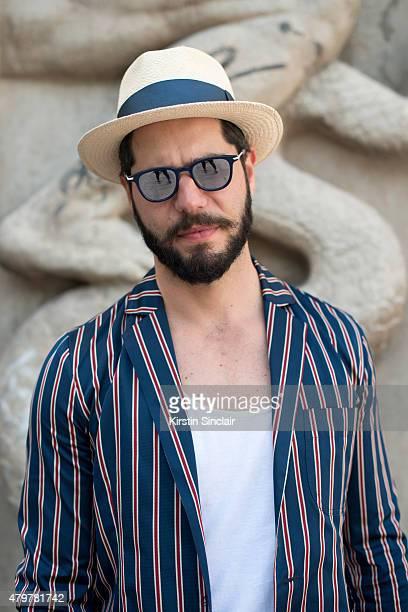 Fashion writer for L Officiel homme Kadu Dantas wears That s it Folks  jacket on day daffdc5b242