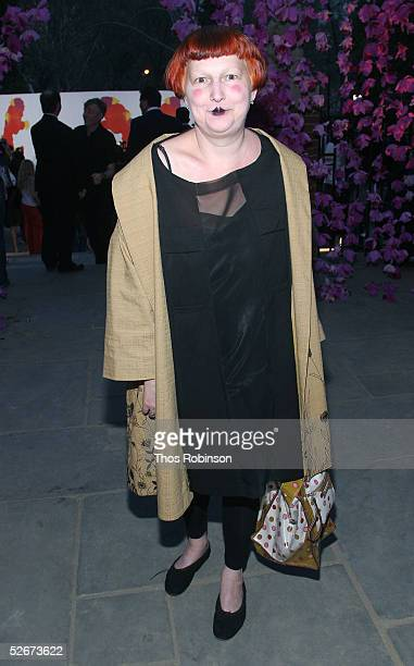 "Fashion writer Lynn Yaeger attends the ""H&M Live From Central Park"" fashion show April 20, 2005 in New York City."