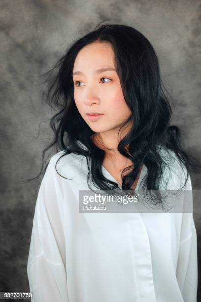 fashion young asian woman portrait - three quarter length stock pictures, royalty-free photos & images