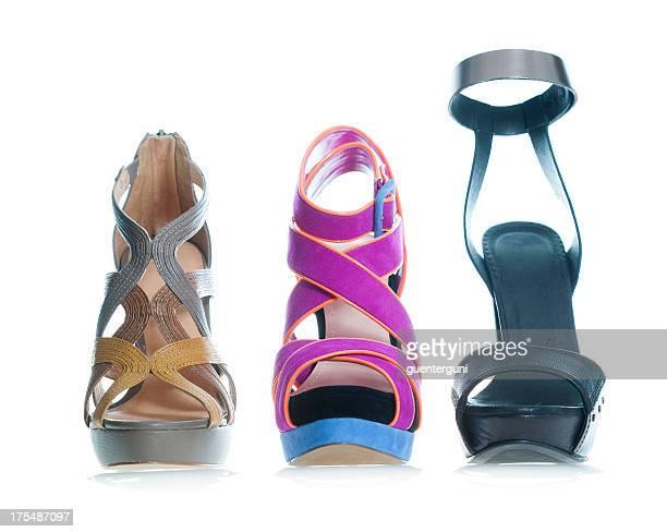 Sandale compensée à la mode des talons hauts en couleurs fantaisie
