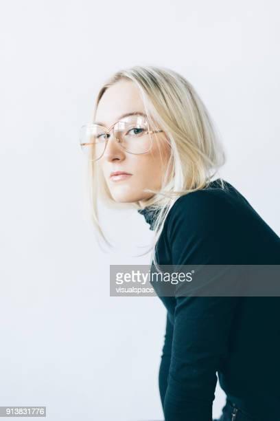 modieuze vrouw - model beroep stockfoto's en -beelden