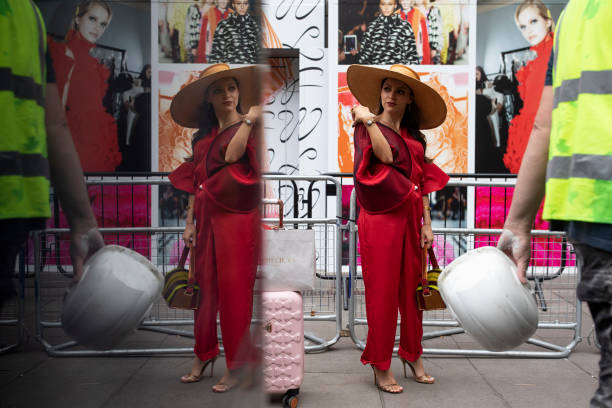 GBR: London Fashion Week Street Scenes - Day 4