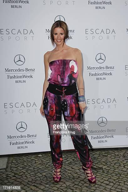 Moderatorin Mareile Höppner Bei Der Escada Fashion Show Im Stadtbad